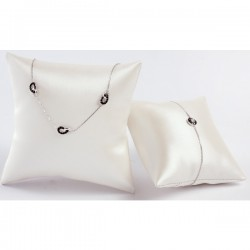 Presentation cushion square, satin leatherette sheath, 100mm