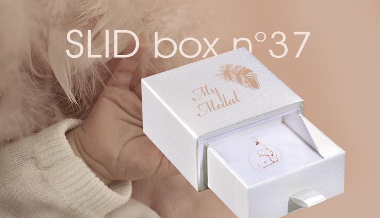white slid box N°37
